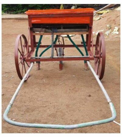 Customisable multicrop seed & fertilizer driller